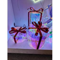 Фигура светодиодная  Подарок 9*14см, подсветка, металл, ткань ЛЬДИНКА 183520