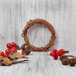 Набор природного декора КОКОС Венок (лоза, шишки, листья, грибы, ягоды, лента) 183208