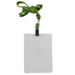 Бейдж вертикальный 87*120мм на зеленой ленте с металлическим клипом ДПС1065.ВК-108